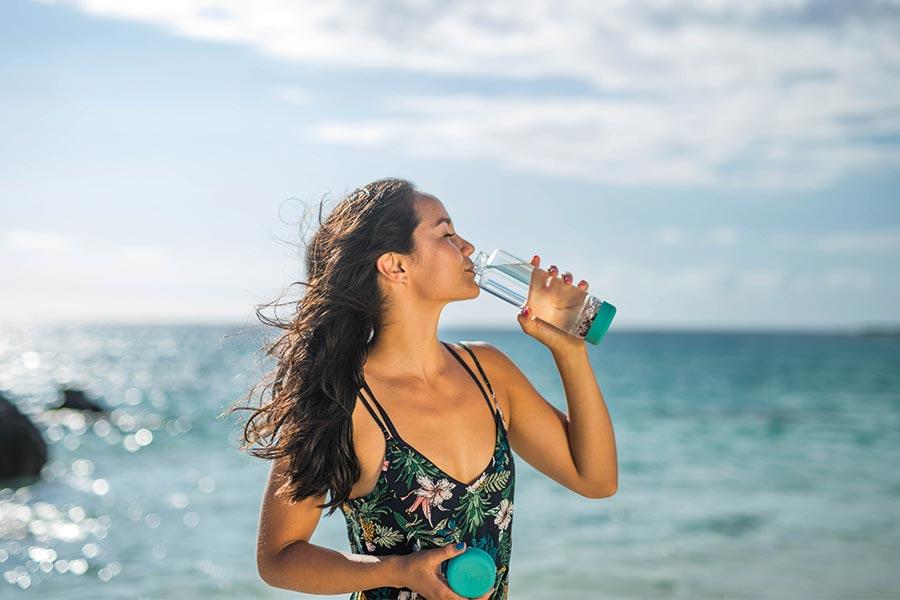inu! DIY crystal water bottle